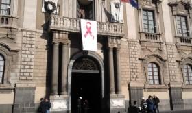 Catania veste il fiocco rosso