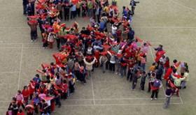 ALZA LE MANI PER LA #PREVENZIONE DELL'HIV – HANDS UP FOR #HIVPREVENTION
